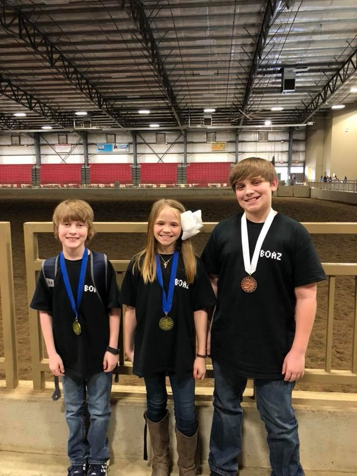 Payne, Aly, Ty, Hunter, and Adam placed at the regional technology competition.